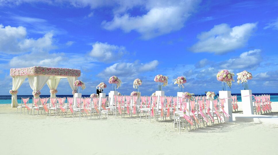 Destination Weddings Have Less Planning Stress