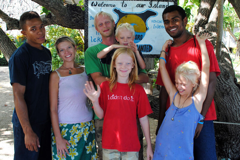How Families Benefit from a Volunteer Vacation