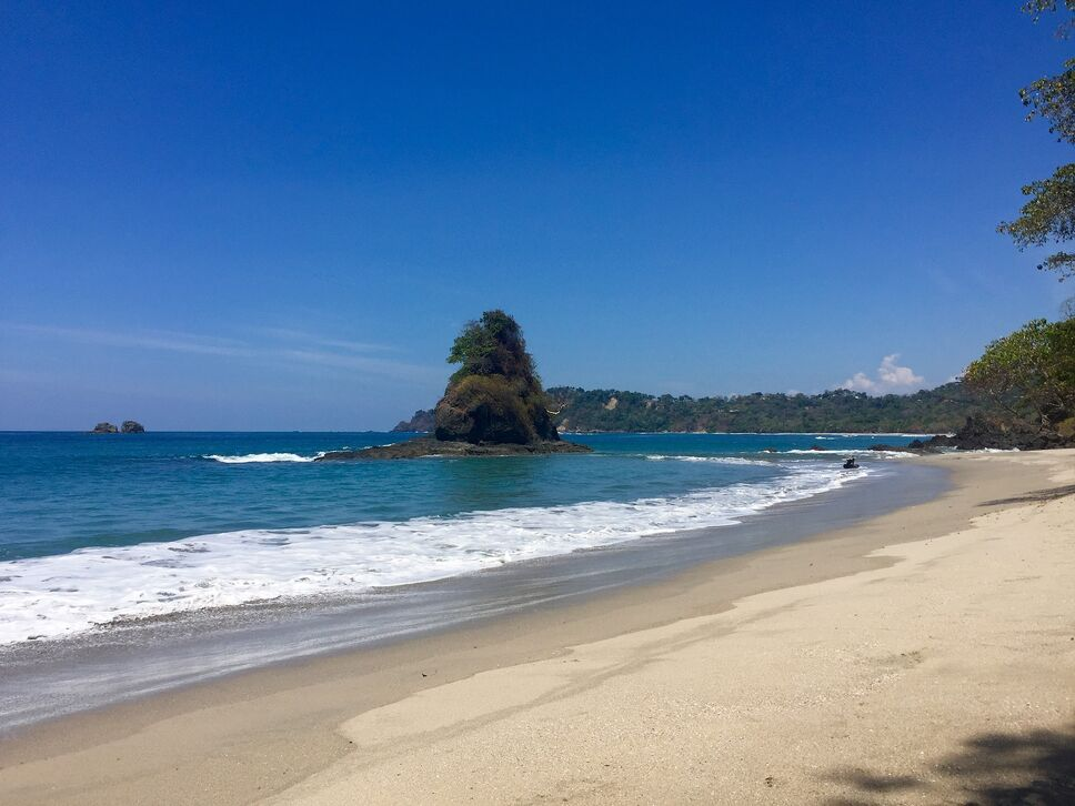 Top Destinations to Honeymoon in February - Costa Rica