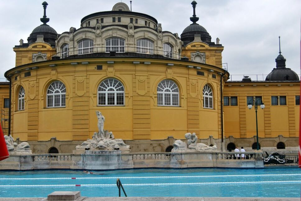 Széchenyi Thermal Bath in Budapest offer a luxurious start to your honeymoon in Hungary.
