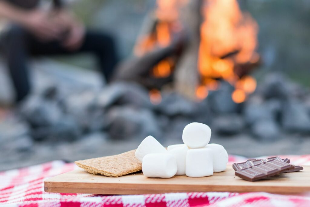 camping s'mores