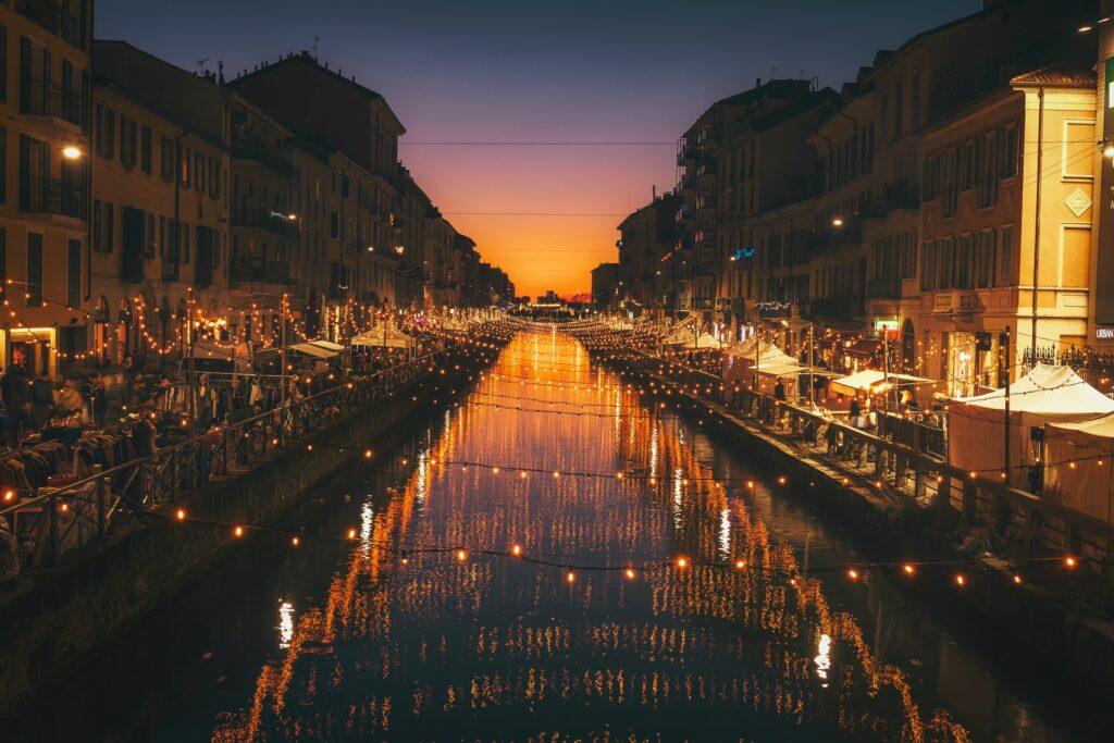 Milan shopping at night